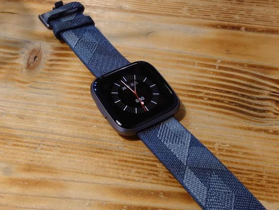 Fitbit手表Versa 2怎么样-是否值得入手